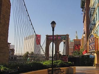 New York Brooklyn Bridge in Las Vegas