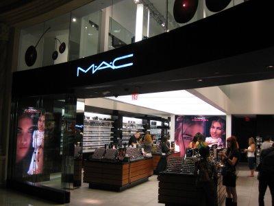 Mac Forum Shops
