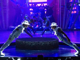 Cirque du Soleil ONE Michael Jackson