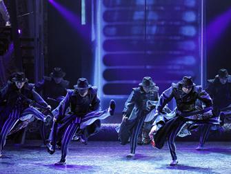 ONE Michael Jackson Cirque du Soleil