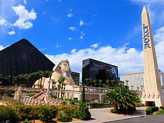Big bus hop on hop off bus in Las Vegas - Luxor Hotel